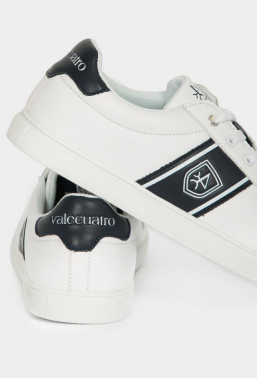 Zapatillas-Valecuatro-logo-blanco